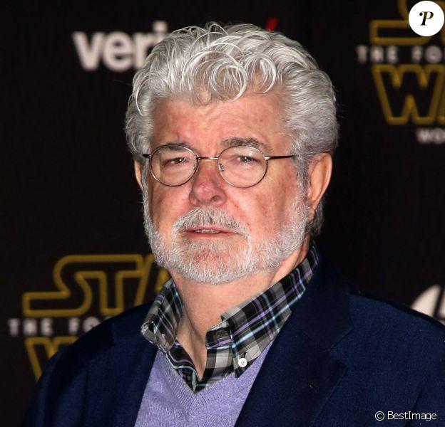 """George Lucas - Première de """"Star Wars : le réveil de la force"""" à Los Angeles le 14 décembre 2015.  Celebrities attend the Premiere of Walt Disney Pictures and Lucasfilm's 'Star Wars: The Force Awakens' on December 14, 2015 in Hollywood, California14/12/2015 - Los Angeles"""