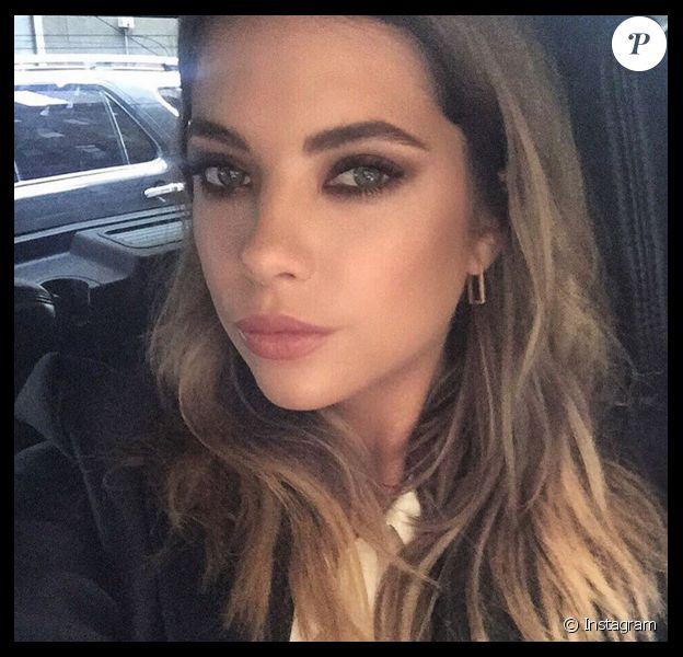 Ashley Benson : selfie sur Instagram pour la star de Pretty Little Liars