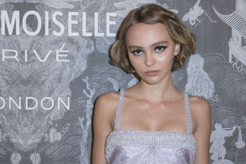 """Lily-Rose Depp : Première image de """"Planetarium"""" avec Natalie Portman"""