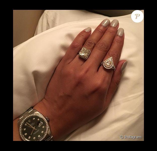 L'ex de Kim Kardashian, le rappeur Ray J a demandé sa chérie Princess Love en fiançailles. La jeune femme a publié une photo de ses deux somptueuses bagues sur sa page Instagram, le 13 janvier 2016.