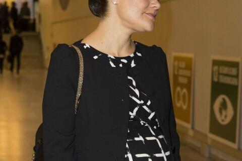 Princesse Victoria : Enceinte de 7 mois, elle lance son année 2016