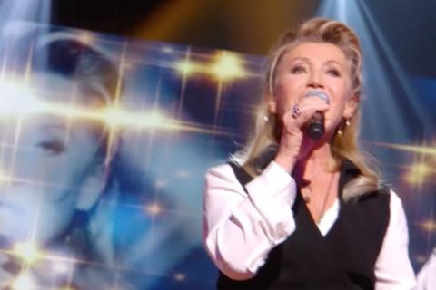"""Sheila : Son émouvant hommage à Michel Delpech pour son """"Grand Show"""""""