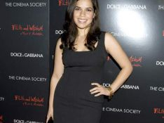 REPORTAGE PHOTOS : America Ferrera super glamour pour le film de Madonna... ça change d'Ugly Betty !
