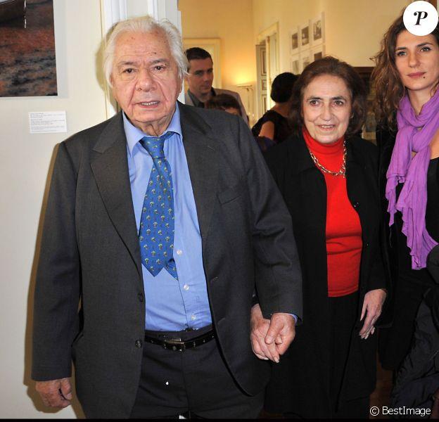 Michel Galabru, sa femme Claude et leur fille Emmanuelle - L'acteur reçoit la grande médaille de Vermeil à Paris, le 6 décembre 2011