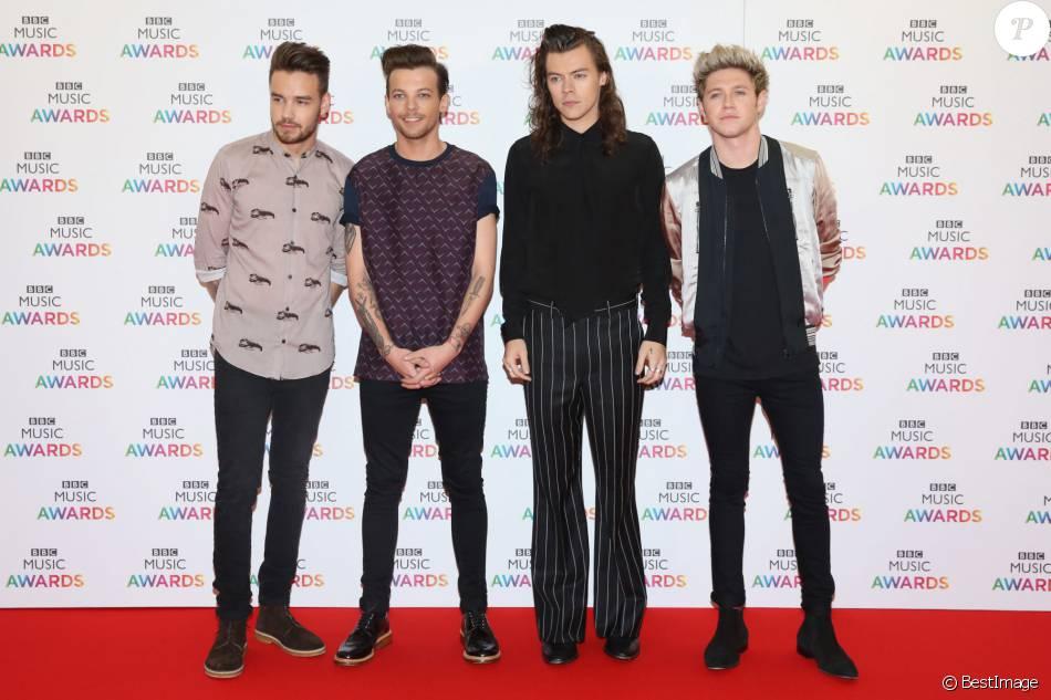 qui sort avec Harry styles 2015