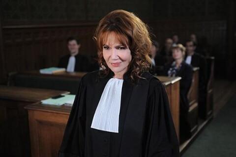 """Clémentine Célarié : """"Je n'aime pas vivre dans la réalité"""""""