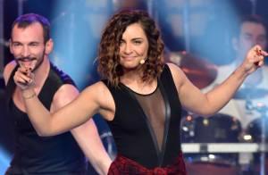 Priscilla sexy devant Lara Fabian et Emmanuel Moire pour