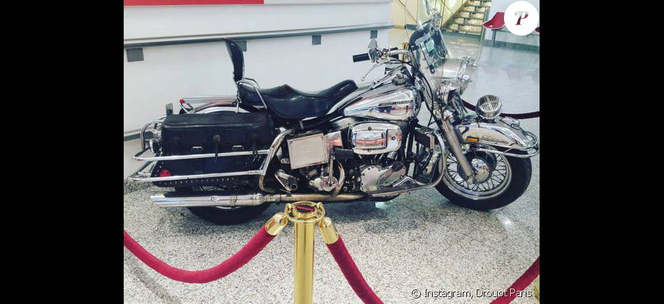 Ils ont posé avec une Harley, principalement les People - Page 20 2146507-la-harley-davidson-de-michel-polnareff-950x0-1
