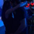 Marco passe sa soirée collé-serré à Laurie dans Bachelor, sur NT1, lundi 21 mars 2016