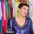 """Cristina Cordula subjuguée par le look de Camille dans """"Les Reines du shopping"""" sur M6, le 23 mars 2016."""