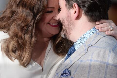 Melissa McCarthy amincie et Kristen Bell étincelante : Belles et amoureuses