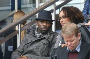 PSG - Nice : Pascal Obispo câlin avec sa belle, Jamel Debbouze jubile avec Léon