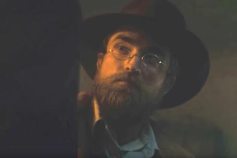 Robert Pattinson, barbu pour une aventure épique avec Charlie Hunnam