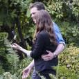 """Dakota Johnson et Jamie Dornan sur le tournage du film """"Cinquante nuances plus sombres"""" à Vancouver le 11 avril 2016"""