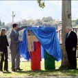 Le prince Felipe d'Espagne dévoile la plaque honorant la ville exemplaire de Cabranes