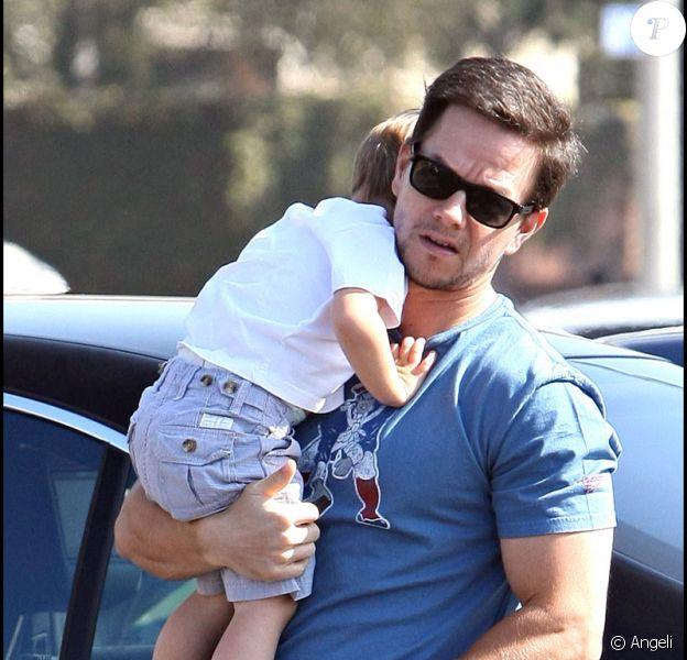 Mark Wahlberg emmène sa famille voir 'Madagascar 2'