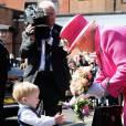 La reine Elizabeth II, accompagnée du prince Philip, fêtait à Windsor le 500e anniversaire du service postal royal (Royal Mail) le 20 avril 2016 © David Mirzoeff / Zuma Press / Bestimage