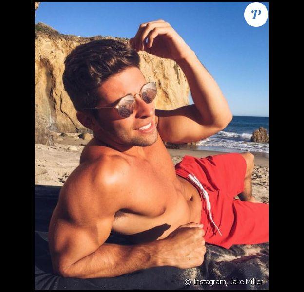 Jake Miller à Malibu, le 21 avril 2016