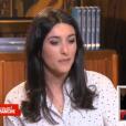 """Ninon et Pauline, filles de Christophe Dechavanne, ont fait pleurer leur père dans """"Vivement dimanche"""", sur France 2, le 24 avril 2016."""