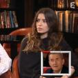 """Ninon et Pauline, les filles de Christophe Dechavanne, ont bouleversé leur père dans """"Vivement dimanche"""", sur France 2, le 24 avril 2016."""