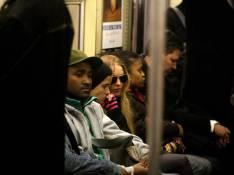 REPORTAGE PHOTOS : Lindsay Lohan et Samantha Ronson deux amoureuses dans... le métro !