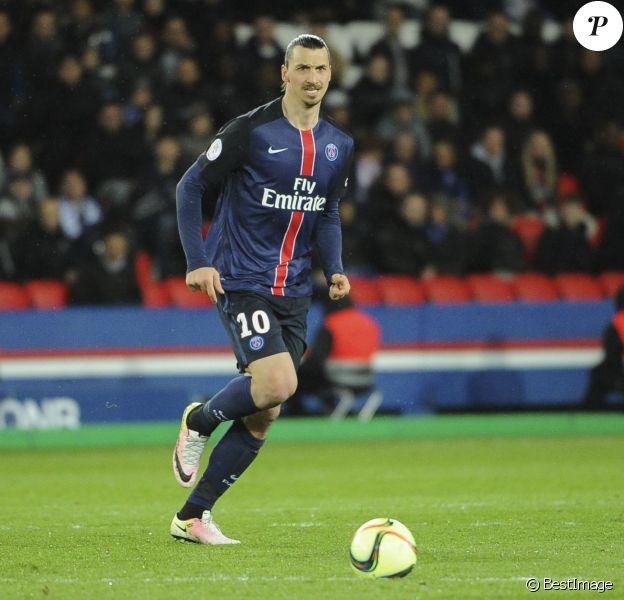 Zlatan Ibrahimovic - Match de football de la 36ème journée de Ligue 1, qui opposait le PSG au Stade Rennais (4-0) au Parc des Princes. Le 29 avril 2016 ©Pierre Perusseau / Bestimage