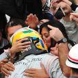 Nicole Scherzinger felicite Lewis Hamilton a l'arrivee du Grand Prix du Bresil 2008