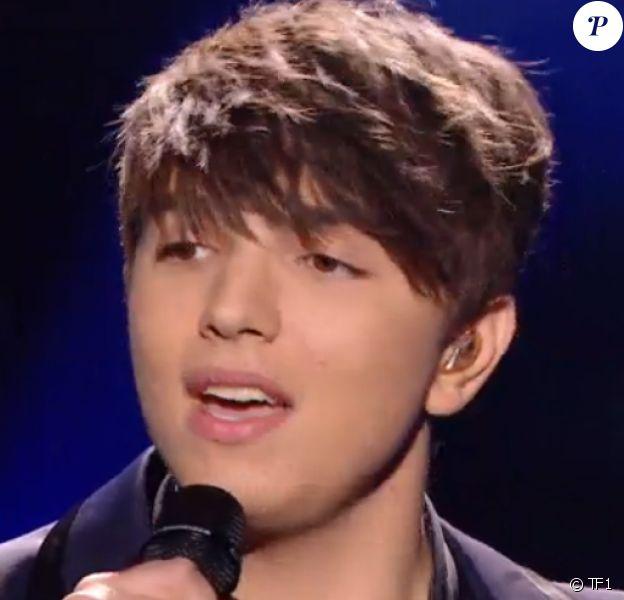 """Antoine lors de la finale de """"The Voice 5"""", sur TF1, le samedi 14 mai 2016"""
