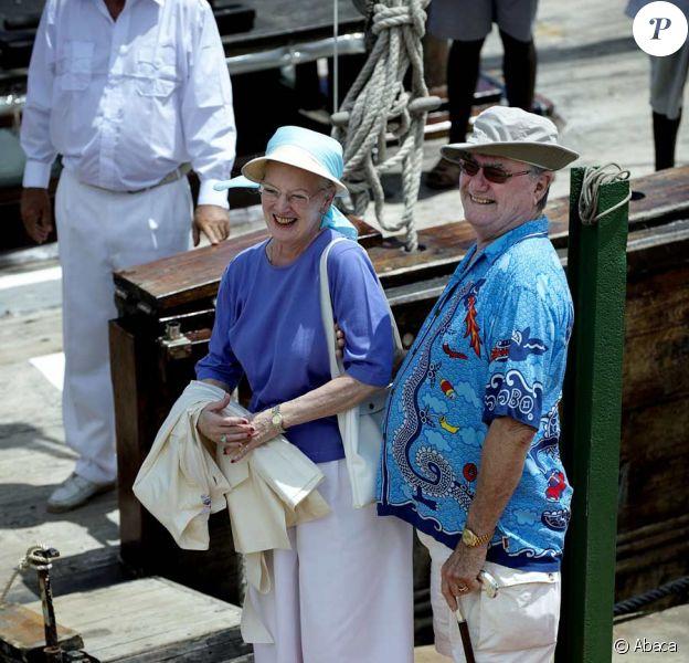 La reine MArgrethe de Danemark et son époux le prince Henrik en Tanzanie