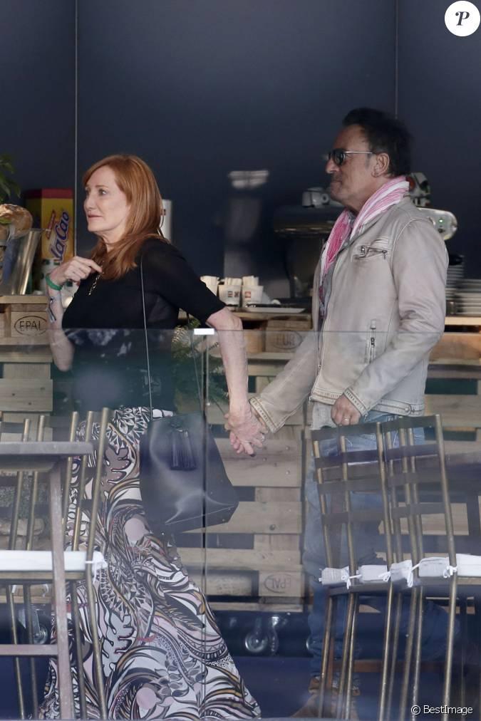 Bruce springsteen avec sa femme patti scialfa au longines global champions tour madrid le 20 Miss sixty madrid