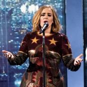 Adele : Une bourde en concert qui la rend hilare !