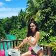 Le chanteur Robin Thicke est en vacances aux Maldives avec sa chérie, la belle April Love Geary. Photo publiée sur Instagram, le 30 mai 2016
