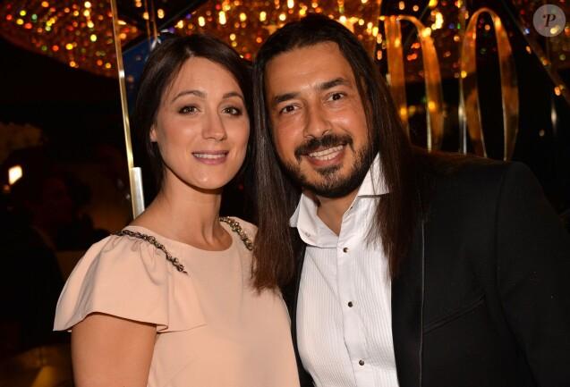 Moundir et sa femme Inès - Personnalités lors de la 10ème cérémonie des Globes de Cristal au Lido à Paris, le 13 avril 2015.