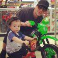 Criss Angel a publié une photo de lui avec son fils Johnny, atteint d'une leucémie, sur sa page Instagram en Février 2016