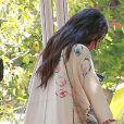 Kim Kardashian va déjeuner au restaurant à Calabasas, le 20 juin 2016.