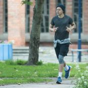 Harry Styles à Dunkerque : Musclé et tatoué, l'ex-One Direction trace sa route