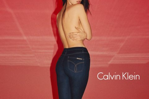 Bella Hadid, Margot Robbie... : Sexy et capricieuses pour Calvin Klein