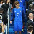 Déception d'Antoine Griezmann et de l'équipe de France en finale contre le Portugal (0-1) lors de l'Euro 2016, le 10 janvier 2016.