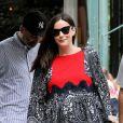 Exclusif - Liv Tyler et son fiancé David Gardner quittent la maternité et sont de retour chez eux avec leur fille Lula Rose à New York le 10 juillet 2016.