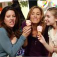 Photo Andrea Parker, Darcy Rose Byrnes, Felicity Huffman