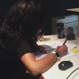 Amel Bent en studio d'enregistrement. Photo publiée sur Instagram, le 6 août 2016
