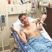 Steve-O : Le célèbre Jackass en fauteuil roulant après une dangereuse cascade