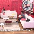 "Julien et Sophia dans le salon - ""Secret Story 10"", sur NT1. Le 7 septembre 2016."