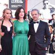 """Emmanuel Salinger, Lily Rose Depp, Rebecca Zlotowski à la première de """"Planetarium"""" lors du 73ème Festival du Film de Venise, le 8 septembre 2016."""