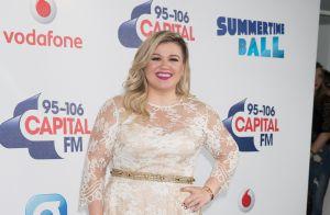 Kelly Clarkson : Une fan violentée et discriminée lors d'un de ses concerts !