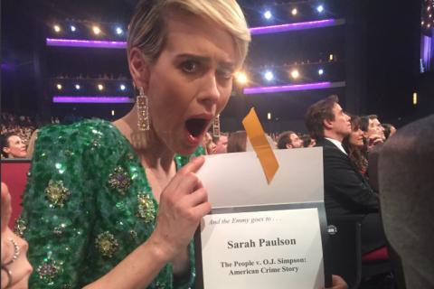 Emmy : Sarah Paulson (41 ans), sa déclaration d'amour à Holland Taylor (73 ans)