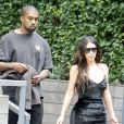 Kanye West et Kim Kardashian sortent de leur appartement à New York, le 14 septembre 2016.
