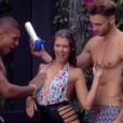 """Maéva, Marvin et Bastien très hot pour une """"Sexy Douche"""" d'anthologie dans """"Secret Story 10""""."""