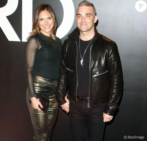 Robbie Williams et sa femme Ayda Field au défilé Tom Ford Automne/Hiver pour femme à Los Angeles, le 20 février 2015