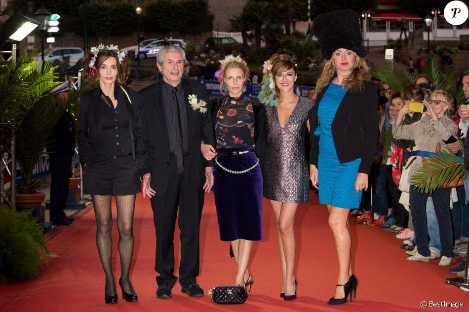 Anne Parillaud, Claude Lelouch, Florence Thomassin, Victoria Bedos et Julie Ferrier lors de la cérémonie de clôture du 27ème Festival du film britannique de Dinard, le 1er octobre 2016